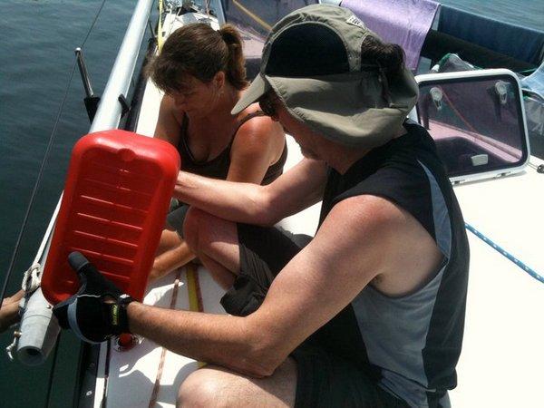 crew-refueling-in-pantelleria