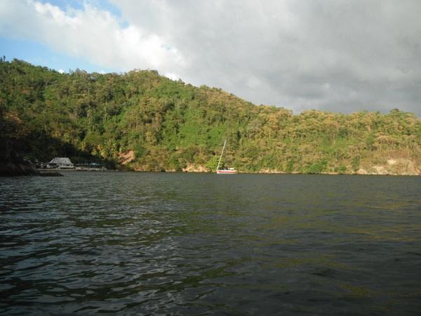 f. Mono Island @ Grand Fond Bay